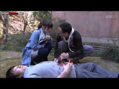 Keibuho Yabe Kenzo Episode 1 [Engsub Japanese Drama]: まあまあ; 主人公 (しゅじんこう)の Yabe Kenzo の話しはすごく変 (へん) から。