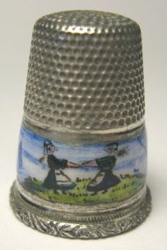 Silver Thimble with Handpainted Dutch Scene on Enameled Band | eBay / Mar 23, 2014 / US $66.67