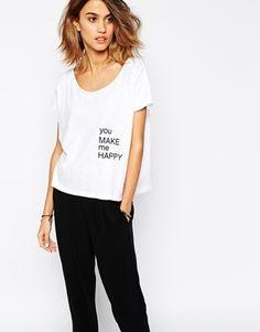 Camiseta con estampado You Make Me Happy de BA&SH