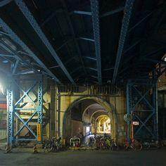 夜散歩のススメ「国道駅の裏出入口」神奈川県横浜市鶴見区