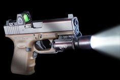 Gen 4 Glock 19 FDE - Like to get an RMR mounted on mine like this someday.