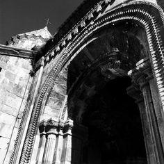 #Church #armenia #monastery #architecture #oldarchitecture #tatev #stone #mountain #mistik #mystical #blackandwhite #whiteandblack #black #blackwhite #tree #art