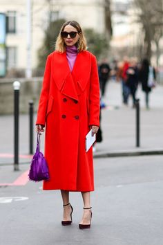 As the fashion pack arrives in the french capital for Paris Fashion Week see the best street stylelooks and trends from the streets outside the shows. Name such us Olivia Palermo, Aimee Song, Diego Zuko snaps the well-heeled at Paris… Continue Reading → Paris Fashion, Girl Fashion, Womens Fashion, Fashion Trends, Salmon Pink Color, Corporate Fashion, Satin, Purple Dress, Everyday Fashion