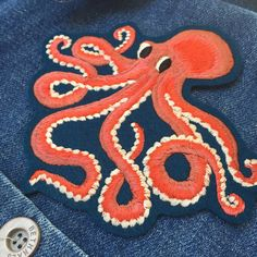 Ellie Mac Embroidery // Octopus patch Ellie And Mac, Octopus Art, Animal Magic, Textiles, Couture, Cute Pictures, Embellishments, Diy And Crafts, Creations