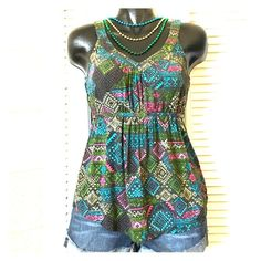 Dressy Aztec Tank Gorgeous top / ties in back / v neck in front and back / perfect like-new condition Forever 21 Tops Tank Tops