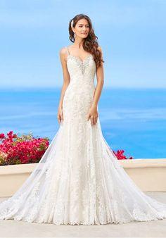 Robe De Mariage : Lace sheath beaded wedding gown | KITTYCHEN h1625 | trib.al/9ox0QGT...