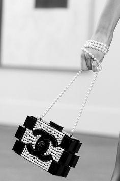 Life is magic... Life is full of surprises... Chanel Pearls, Chanel Boy Bag, Chanel Handbags, Black White, Jewelry Design, Gucci, Shoulder Bag, Ebay, Fashion