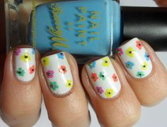 springnail, spring flowers, tini flower, floral nail, spring nails, nail stori