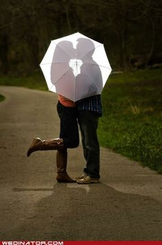 Even though the ending bummed me out, I'd love to do this photo with a yellow umbrella as a nod to HIMYM