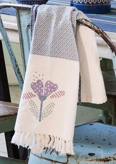 """Malene"" kitchen towel in cotton – Dining room – GUDRUN SJÖDÉN – $24"