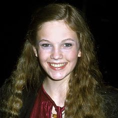DIANE LANE - 1979 The star of A Little Romance wore her locks loose and natural. Young Celebrities, Celebs, Young Diane Lane, Hair Styles 2014, Famous Women, Famous People, Celebrity Photos, Celebrity Makeup, Eye Color