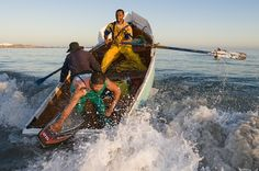 http://awsassets.wwf.org.za/img/original/smallscale_fishers_1_paternoster_crayfishers_rowing_the_waves_low_res.jpg