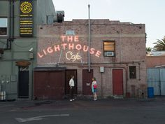 While many of the locations where Sebastian plays piano, or the couple listens to jazz, are actually just restaurants or bars when they aren't filming locations, Angelenos have been enjoying jazz at the Lighthouse Cafe since the 1950s. Near Hermosa Beach, the bolthole has welcomed the likes of Chet Baker and Miles Davis.
