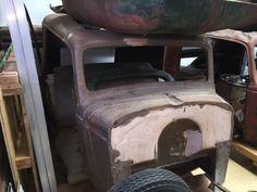 Motor'n | 1934 / 1935 Chevrolet Sedan Delivery
