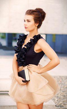 Organza-Kleid mit Rüschen und V-Ausschnitt, champagnerfarben-Sheinside