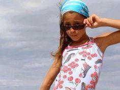 AAWHHH! ! Violetta Live, Tankini, Floral Tops, Fandoms, Celebrities, Swimwear, How To Wear, Queen, Fashion