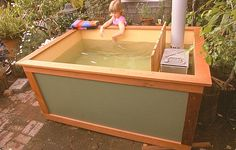 Cheap homemade DIY Wood Fired Hot Tub just going to share on solar board Outdoor Projects, Home Projects, Outdoor Decor, Outdoor Tub, Outdoor Living, Diy Holz, Firewood, Tiny Homes, Diy Furniture