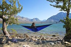 By Tonia Bartlett Christmas is only days away, and if a hammock was on your list, you'll probably already be dreaming of where and when you're going to hang in it. Here are a few suggestions for when the big day comes: 1) The Classic Everybody's got to start somewhere