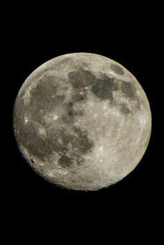 Amazing moon #moon #fullmoon #night #show #nature #pics #dark