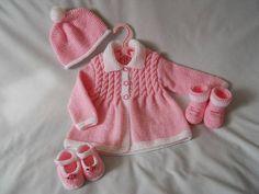 Baby Cardigan Designs - Page 2 of 2 - Design Peak Baby Knitting Patterns, Coat Patterns, Knitting For Kids, Baby Patterns, Free Knitting, Gilet Rose, Ravelry, Cardigan Design, Knitted Baby Clothes
