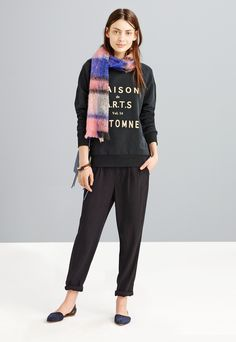 Madewell Maison des A.R.T.S. sweatshirt worn with Delancey slouch trousers + the twin-pouch crossbody.