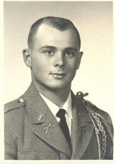 Virtual Vietnam Veterans Wall of Faces | JAMES W FLYNT III | ARMY