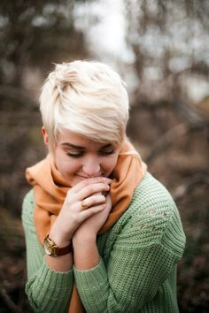 cute long pixie I see cuts like this and it makes me want to cut my hair off again!!!!!!!