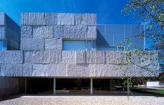 Époustouflante maison en pierre et verre près de Madrid, , #amazing #espagne #modern #Vicens + Ramos