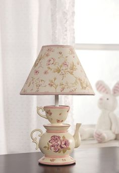 Such a cute lamp
