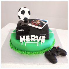 PlayStation 4, FIFA 14, birthday cake