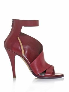 Ah...that #Margiela touch!  Double montage ankle-strap sandal from matchesfashion.com.  (Their shoe buying is stellar these days!)