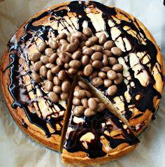 Klasyczny sernik z czekoladowym dodatkiem http://iinspiracje-kulinarne.blogspot.com/2014/03/klasyczny-sernik-z-czekoladowym.html?utm_source=BP_recent