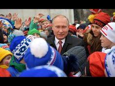 Putin Welcomes Children Attending Kremlin New Year Party