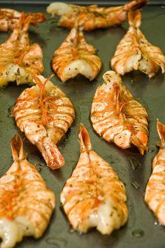 Camarones Elisa: Una manera rápida y deliciosa de disfrutar los camarones/ Elisa Shrimps a fast and delicious recipe of shrimps                                                                                                                                                     Más