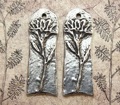 Flower Charms Handmade Jewelry Supply No. 382C by Inviciti on Etsy - Handmade Jewelry - handcrafted jewelry - etsy jewellery - jewelry making supplies