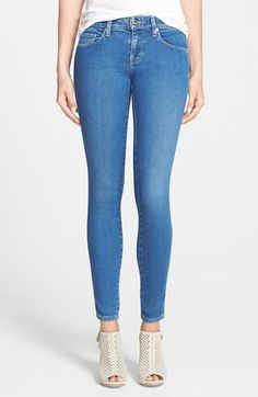Free shipping and returns on Genetic 'Shya' Low Rise Skinny Jeans (Daydream) at Nordstrom.com. Silvertone hardware and tonal topstitching style these versatile, ultraslim skinny jeans cut from supersoft denim.