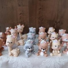 Pasta Flexible, Clay Flowers, Air Dry Clay, Clay Crafts, Cake Toppers, Fondant, Polymer Clay, Creative, Animals