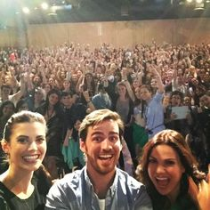 This is just how much fun @MeghanRory, @Colinodonoghue1 and @lparrilla had with you guys.