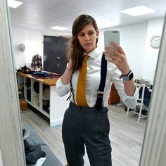 Just tie and braces today to smarten it up. Suspenders Outfit, Suspenders For Women, Casual Outfits, Girl Outfits, Fashion Outfits, Tomboy Fashion, Men Fashion, Women Wearing Ties, Suits For Women