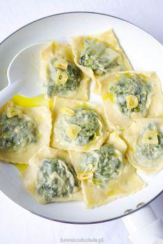 Pasta Recipes, Diet Recipes, Cooking Recipes, Healthy Recipes, Ravioli, Feta, Dessert Dishes, Romanian Food, Good Food
