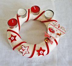Wunderschöner Adventskranz - handmade - designend by Gabriele Jentsch; adorable advent display