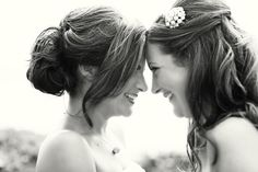 I'm so doing a picture like this with my maid of honor!! <3