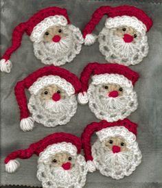 Gehaakte kerstmannetjes