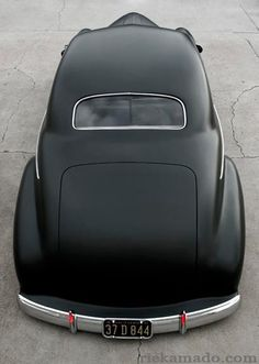 The simplicity of lines and curves....retro cool.