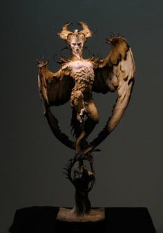 Golden harpy polymer clay sculpture by Forrest Rogers. Dark fantastical creature of myth and magic. Weird Creatures, Fantasy Creatures, Character Inspiration, Character Design, Xingu, Art Sculpture, Creature Concept, Gothic Art, Creature Design