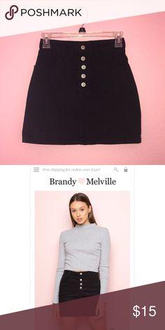 Brandy Melville Skirt Cute little Brandy Melville Crosby skirt! Never worn, no defects :) Open to offers! Brandy Melville Skirts Mini