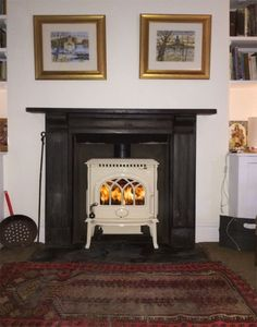 Jotul F3 in Cream, wood burning stove installation by Kernow Fires in Cornwall…