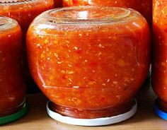 Conserve Archives - Page 14 of 14 - Bucatarul. Canning Recipes, Raw Food Recipes, Chutney, Russian Recipes, How To Make Cheese, Food Cravings, Zucchini, Good Food, Food And Drink