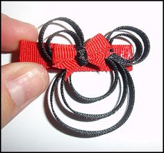 Minnie mouse bow tutorial...and lots of other FREE bow tutorials