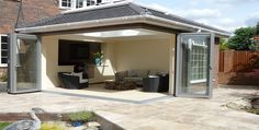 Daylite Group: A gallery of Conservatories and Orangeries.